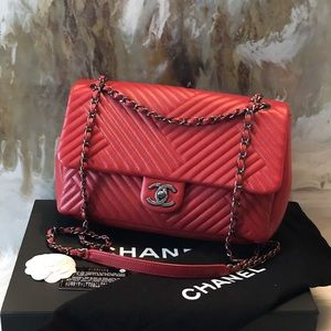 Chanel Jumbo Crossing Chevron Red Lambskin Flap